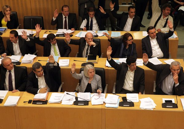 Eurogroup signs off on bailout agreement reached by Cyprus and troika