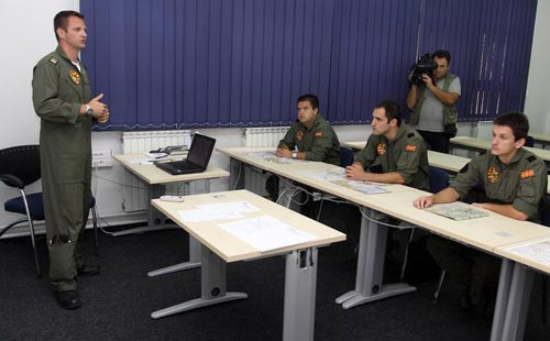 Albanian cadets for the first time in the Pilot Training Center in FYROM