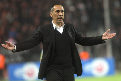 PAOK announces sacking of coach Donis