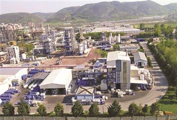 Turkey's Akkök to pour $1billion in carbon fiber