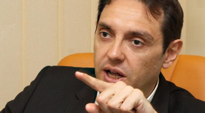 Vulin warns his resignation