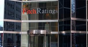 Fitch affirms Romania's BBB- rating with stable outlook, predicts public debt will peak in 2015, then fall
