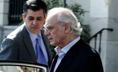 Tsochatzopoulos calls on council members to testify at his trial
