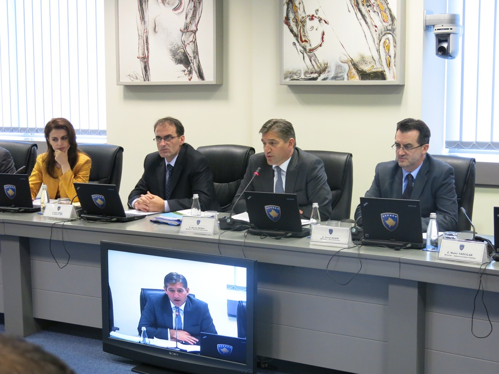 The Government approves the Privatization of the Kosovo Post and Telecommunications