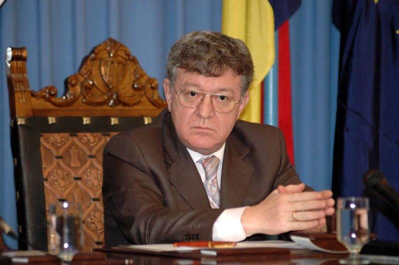 Dobritoiu, involved in investigation into staff accommodation for Generals