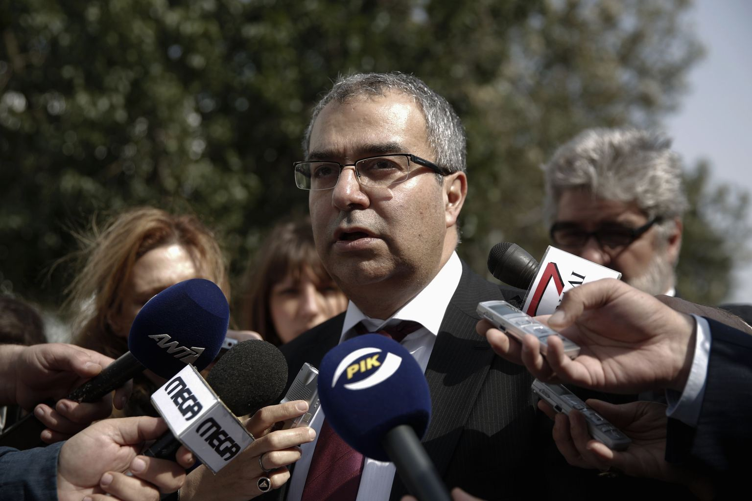 CB governor expected to 'correct' critical comments