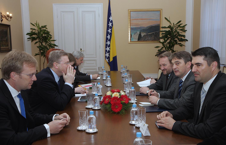 Stefan Fule With Members of BiH Presidency