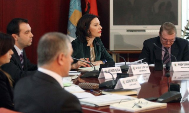 Albania's Parliamentary Law Committee approves DP request to dismiss SMI member of CEC