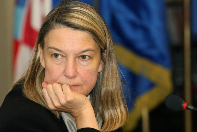 International pressure simulates war crimes prosecution