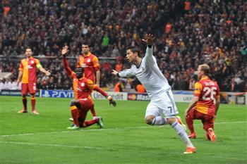 Galatasaray wins a 3-2 consolation victory against Real Madrid