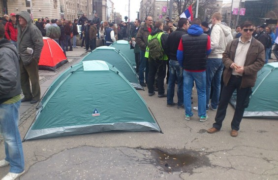 Traditionalists Organize Protest Camp In Downtown Belgrade