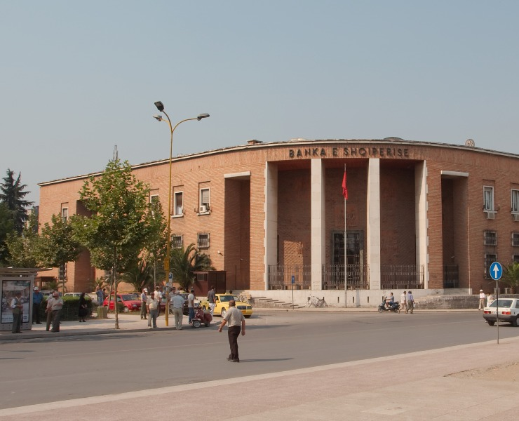 Bank of Albania says foreign businesses are transferring capital outside Albania