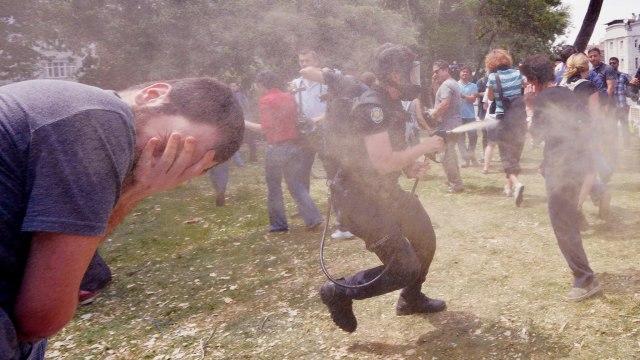 "Turkey's ""Indignant Citizens"" Flock to Taksim Square"