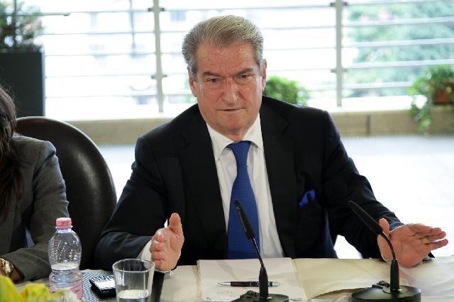 Premier Berisha inaugurates E-customs