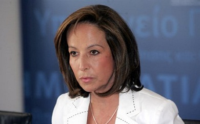 Diamantopoulou is latest ex-PASOK minister to break from party, eye new group