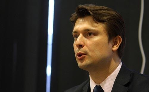EU allocates 1.1 million Euros for the training of administration in FYR Macedonia