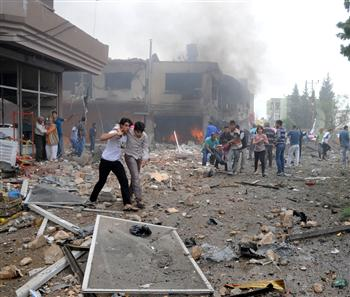 Death toll rises to 40 as explosions hit Turkish town on border with Syria