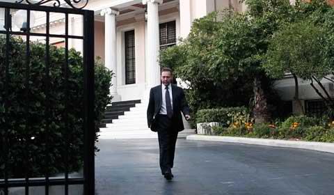 Greek finance minister hopes for bond market return at end of 2014