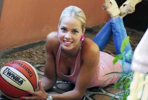 Miss of world sport enters politics