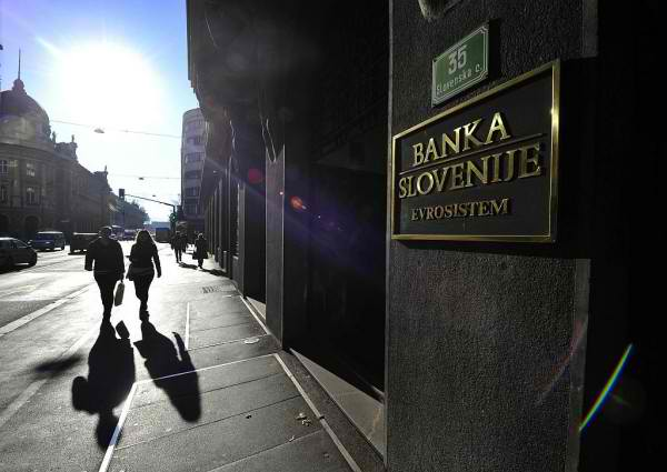 Central Bank: Economic Trends in the Country Improved at the Start of 2013