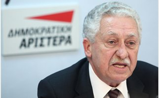 Kouvelis lashes out at ex-partners, seeks new allies
