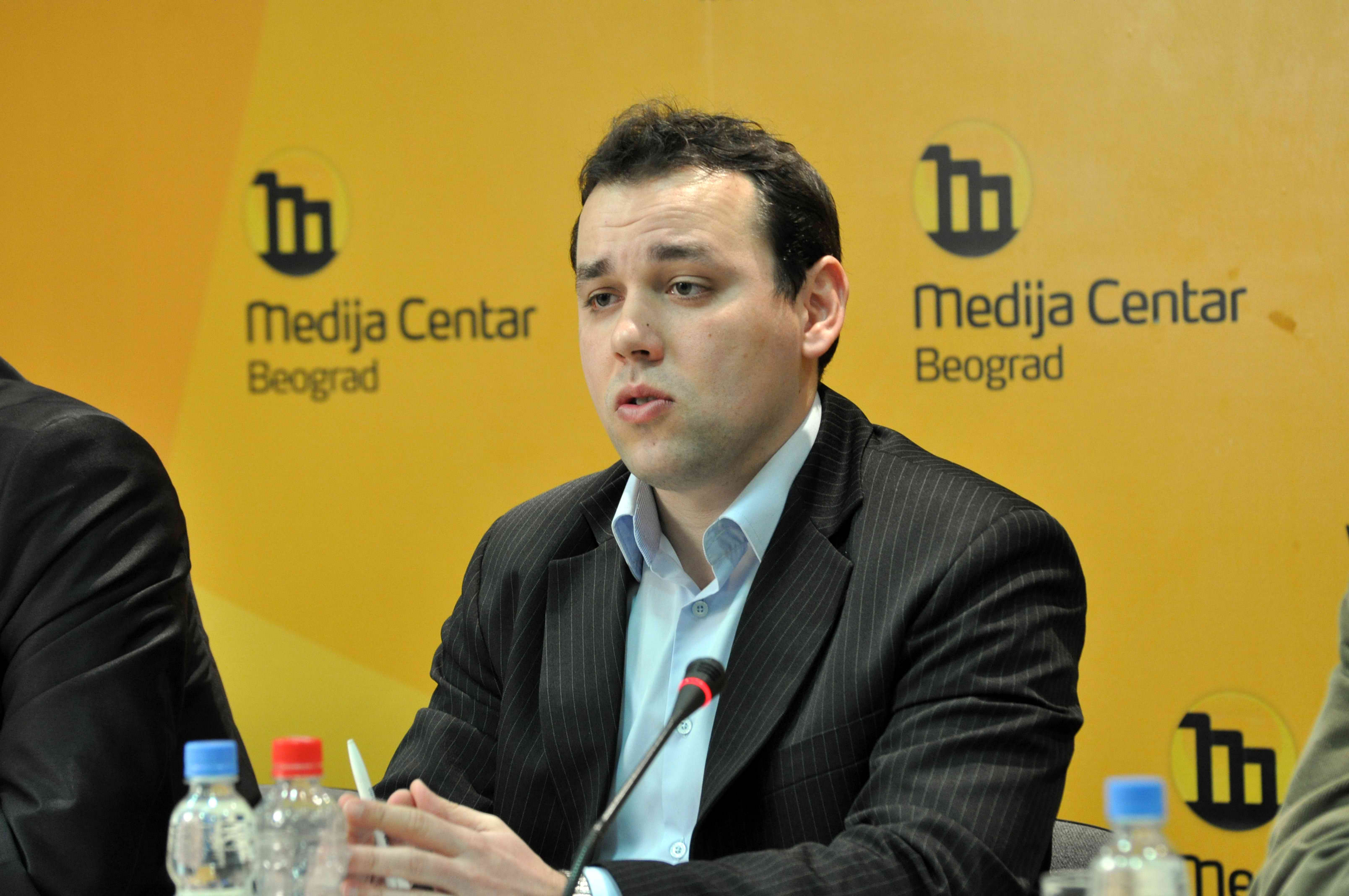 Reforms in Serbia have been reduced to cosmetic changes