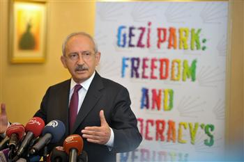 Turkish main opposition leader vows support to Gezi protesters