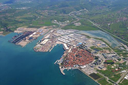 Austria Leads in Cargo Transhipment through Koper Port