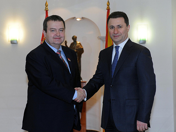 Albanian ministers do not participate in joint government session between FYROM and Serbia held in Belgrade