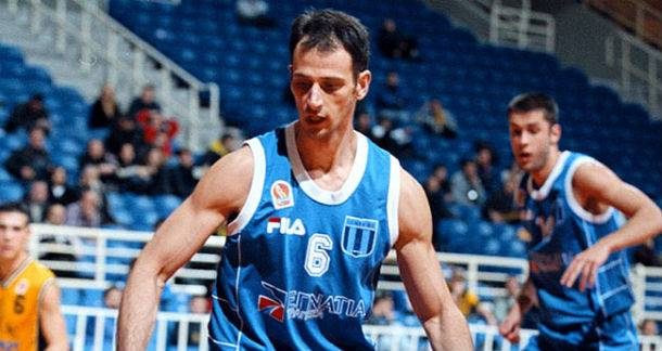Greek basketball player Giorgos Giannopoulos dies at 41
