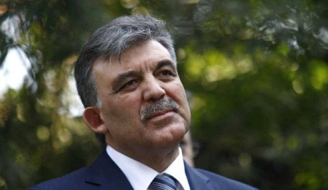 Gül approves constitutional amendment to prevent military coups