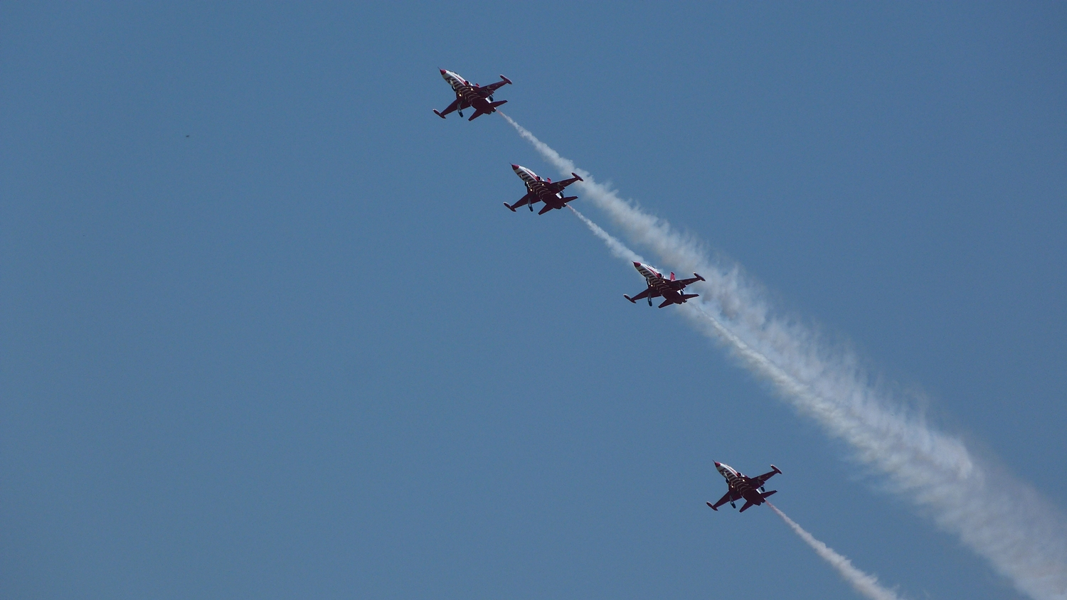 Bucharest International Air Show begins on Saturday