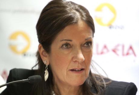 Victoria Hislop to visit Santorini