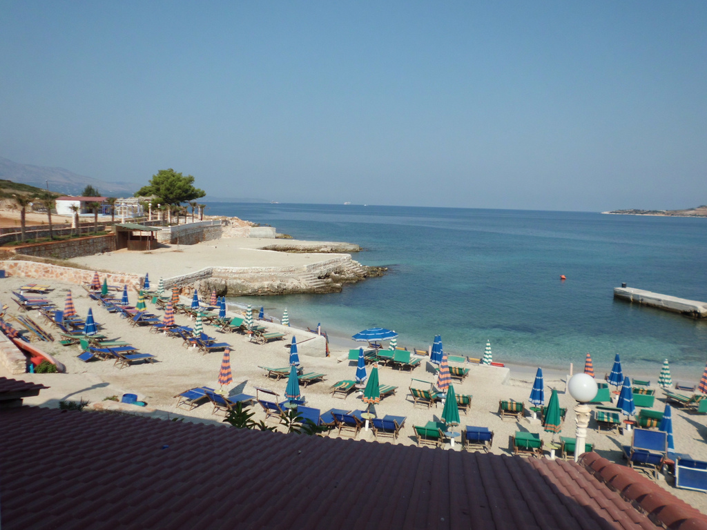 Month of Ramadan and the crisis reduce the number of tourists from FYR Macedonia to the Albanian coast