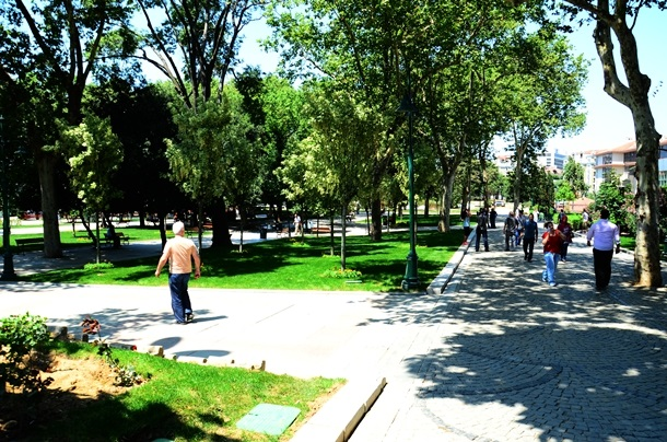 Gezi park re-opens. Istanbul municipality plants trees to replace those it uprooted last month.