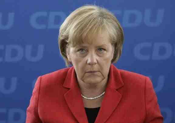 "Merkel denies scenarios for ""cy-exit"""