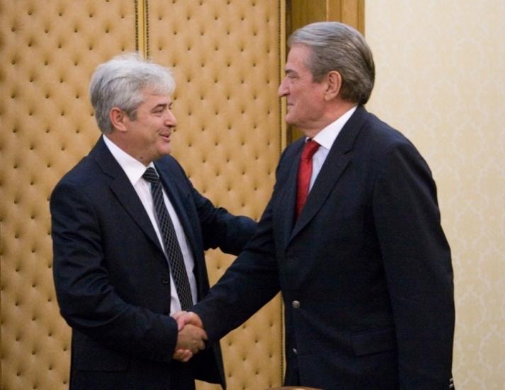 Albanians of FYROM praise Berisha: You remain our leader
