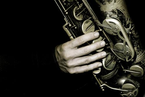 Balkan jazz tunes in Crete