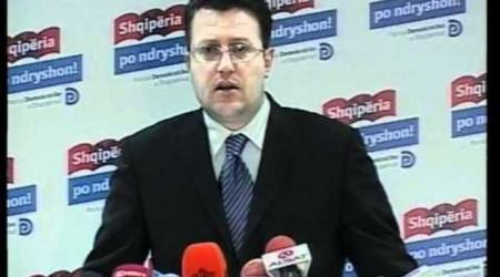 Sokol Olldashi officially runs for leader of the DP