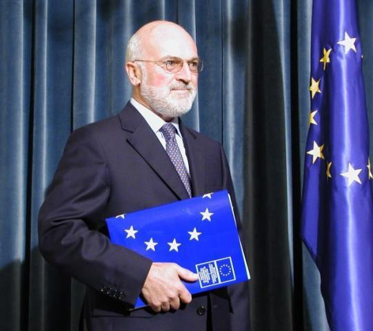 Fuere: Skopje has no other alternatives for the EU