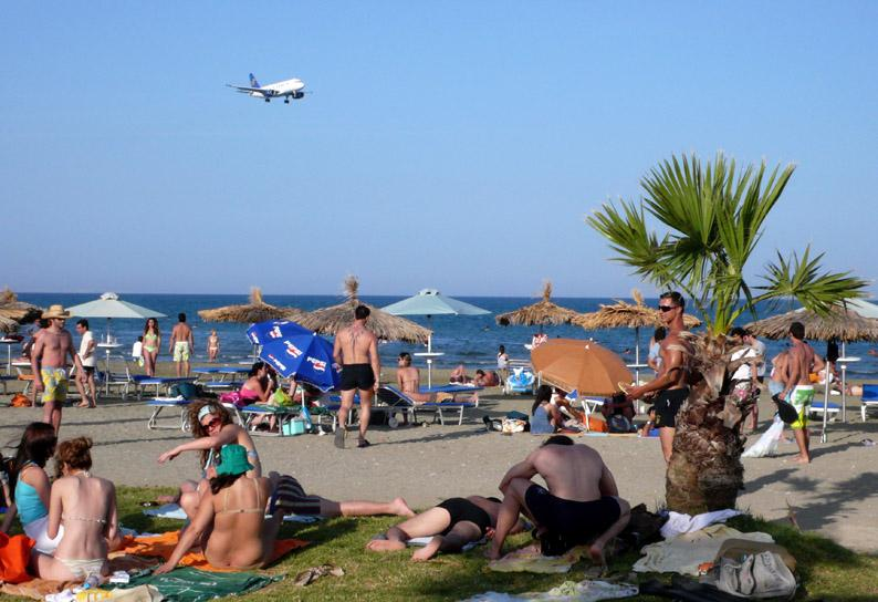 Cyprus tourism hit in the wake of the financial turmoil