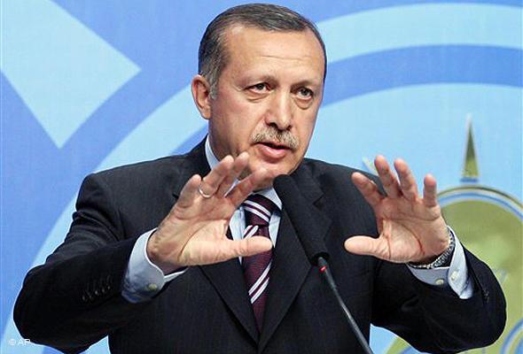 "Erdogan announces ""Package of – partial- democratization"