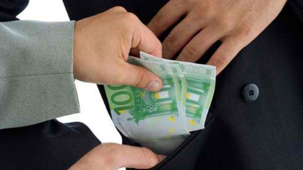 EC: Corruption in Romania stalls economic growth and discourages foreign investors