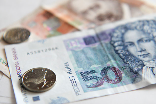 Salaries rose slightly in Croatia in July