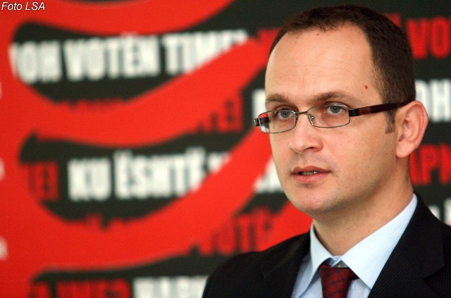 Foreign Minister Bushati: Issues with Greece must be resolved according to international laws