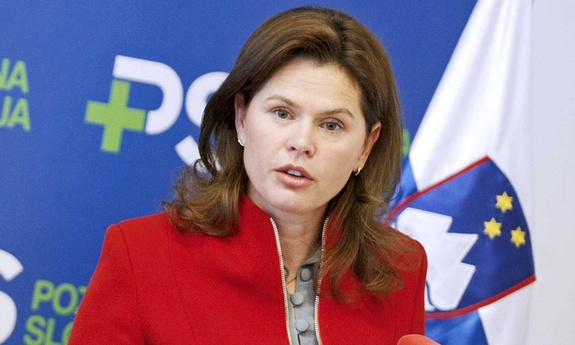 Slovenian PM attempts to avoid new protests in the public sector