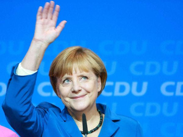 Merkel election triumph keeps up pressure on Greece