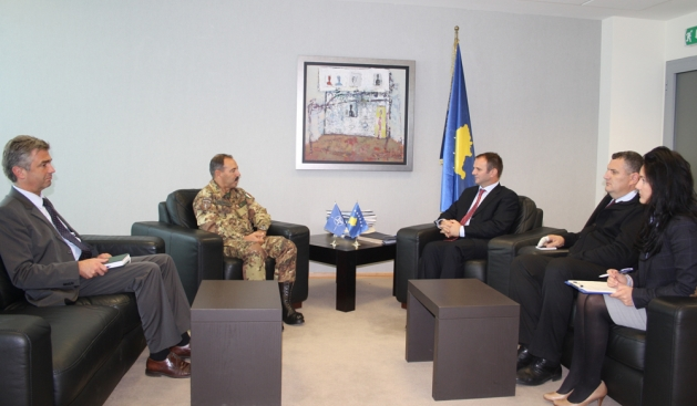KFOR commander meets deputy Prime Minister Kuci