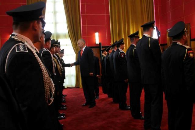 Premier Edi Rama honors police officers fallen in the line of duty