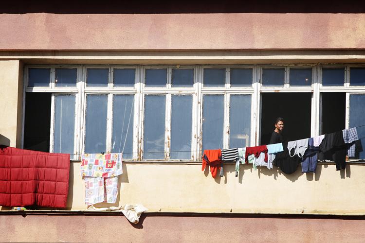 Bulgaria speeds process of granting refugee status